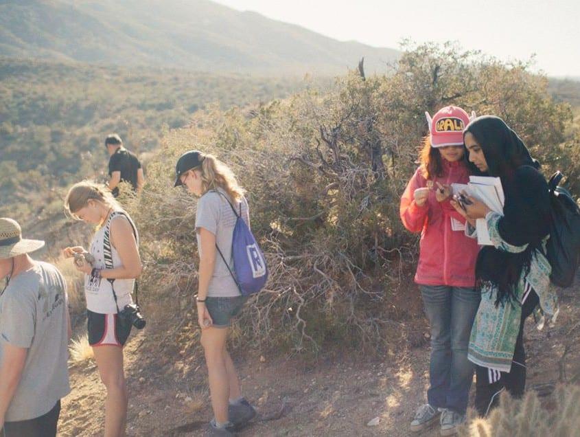 Hunting xenoliths in Cima. L to R: Cin-Ty Lee (hideen), Evan Neustater, Kate Nicholson, Yunong Xu, Farah Ashraf.